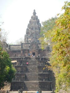 Approach to Prasat Hin Phanom Rung from the east